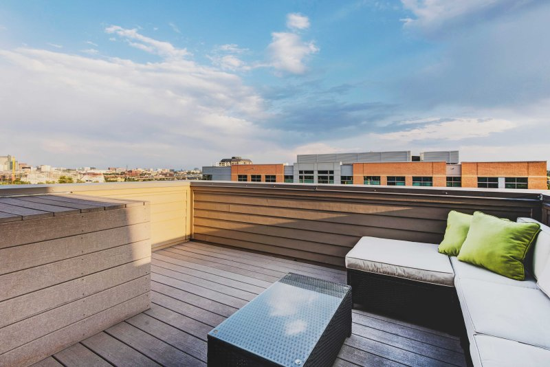 Enjoy the incredible skyline views from this lavish 2-bedroom vacation rental townhouse in Denver!