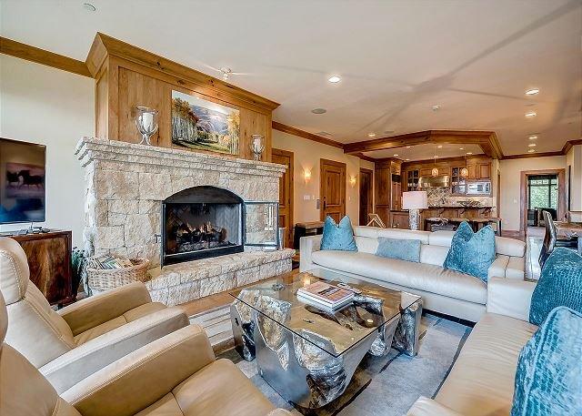Platinum, Ski-in/out Horizon Pass condo; On-site pool, Hot Tubs, Gym, Views, location de vacances à Avon