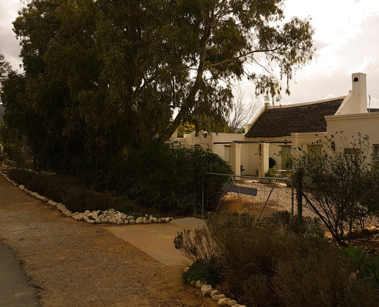 Wild Almond,A Petite Country Cottage In McGregor, holiday rental in Greyton