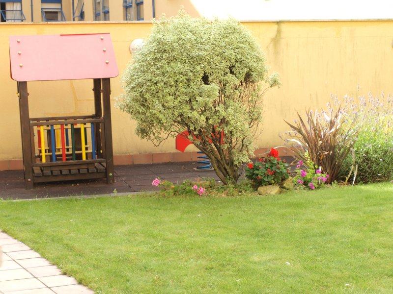 COMUM área de jardim