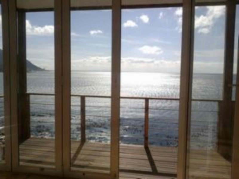 Beautiful Sea Views Sunny Cove, holiday rental in Fish Hoek