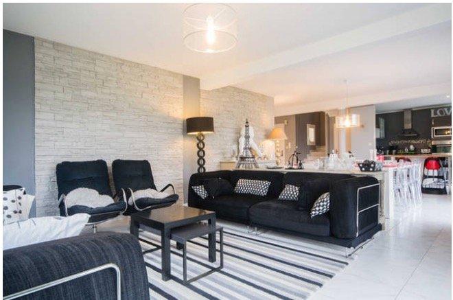1 avis et 9 photos pour grande maison contemporaine familiale au pied de la route des vins. Black Bedroom Furniture Sets. Home Design Ideas