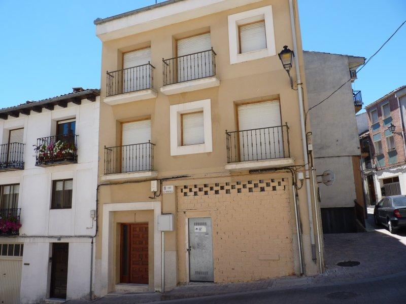 La Morería, Alojamiento turístico, holiday rental in Gomezserracin