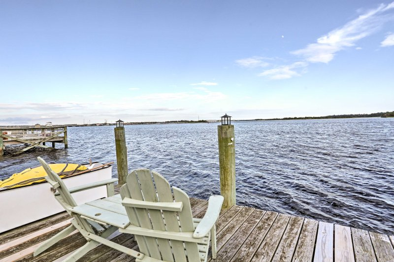 Stay at 'Serenity by the Sea,' a 3-bedroom, 3-bath vacation rental house!