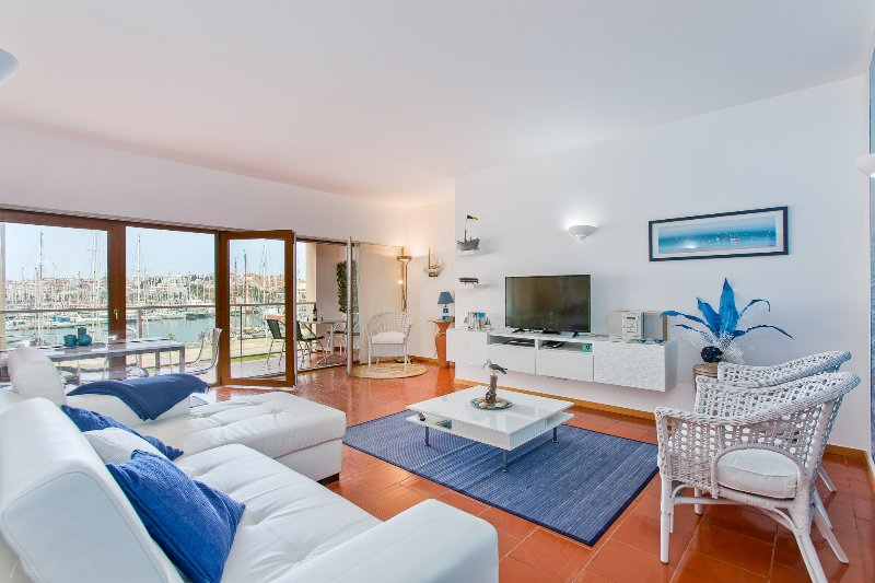 The Exclusive & Tranquil setting of the Lagos`s awarded Marina., vacation rental in Faro District