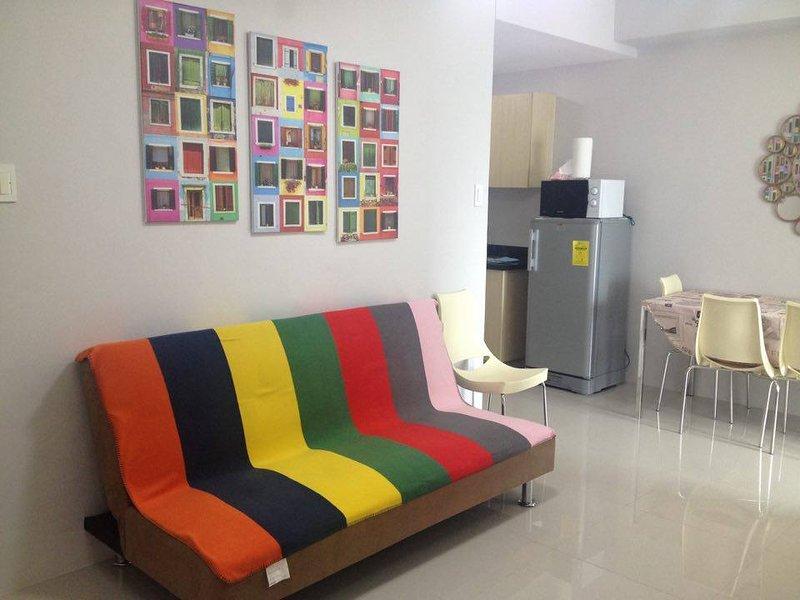 Two Bedroom Condo Unit in Complex near SM North Edsa, alquiler vacacional en Marilao