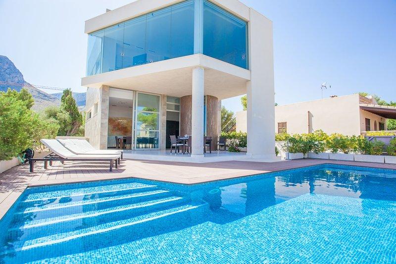 VILLA MARGARITA - Villa for 8 people in Colonia de Sant Pere, holiday rental in Colonia de Sant Pere