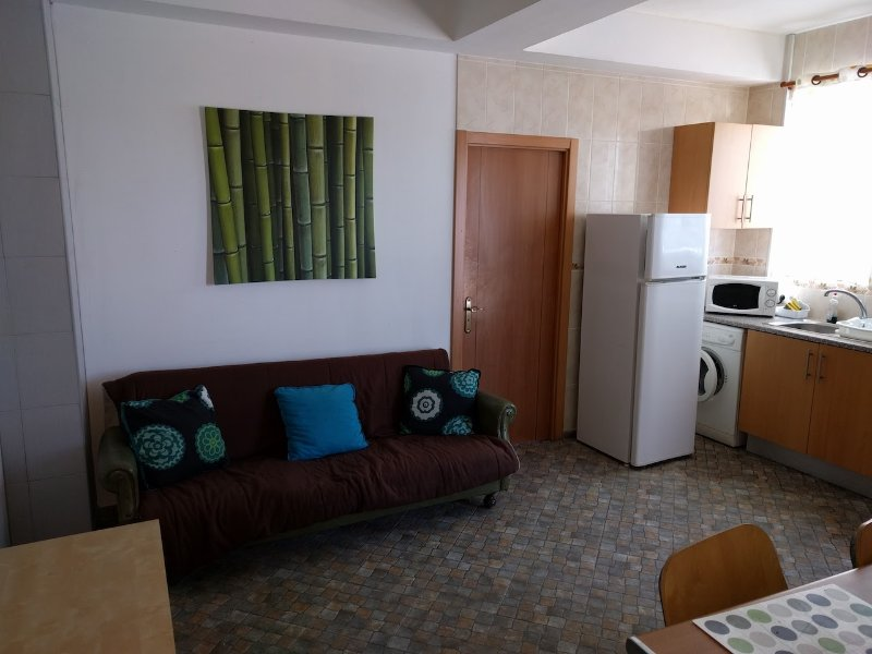 Kerby Green Apartment, Sines, Setubal, vacation rental in Porto Covo