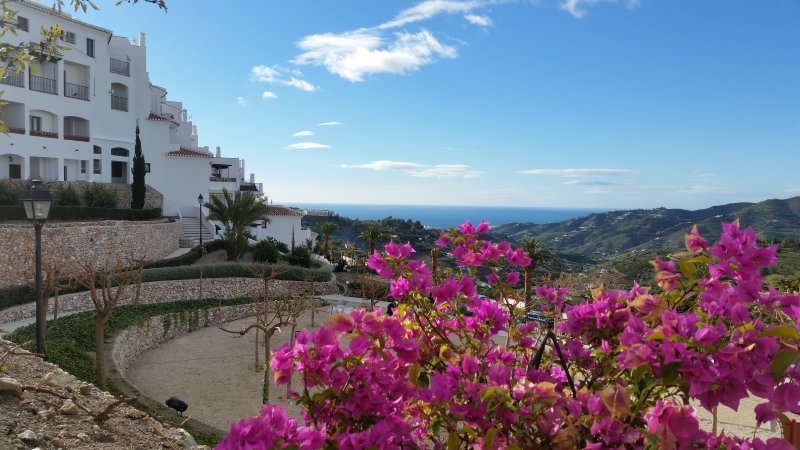 Beautiful Frigiliana Apartment, holiday rental in Frigiliana