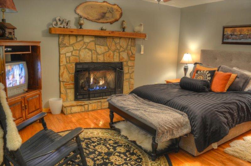 Lower Level BR #4 with Queen Bed and Gas Fireplace