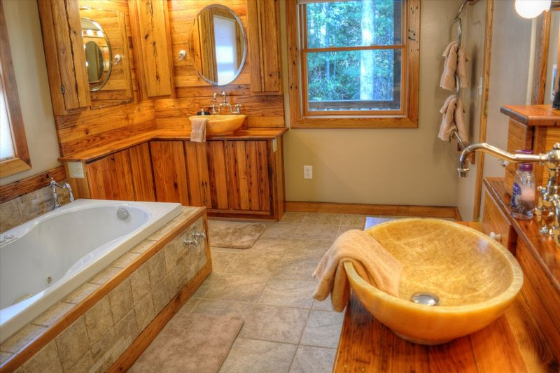 Master Bathroom with Whirlpool Jetted Tub