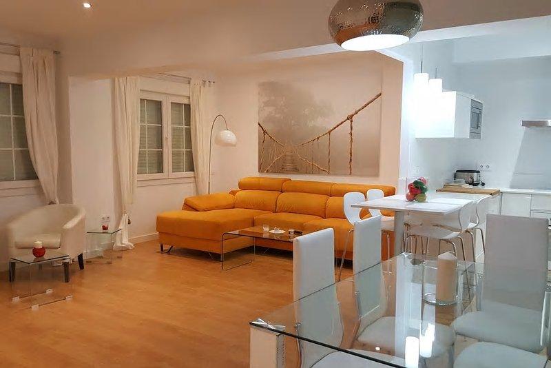 Habitación en centro ciudad calle Alcalde Muñoz 25, vacation rental in Retamar