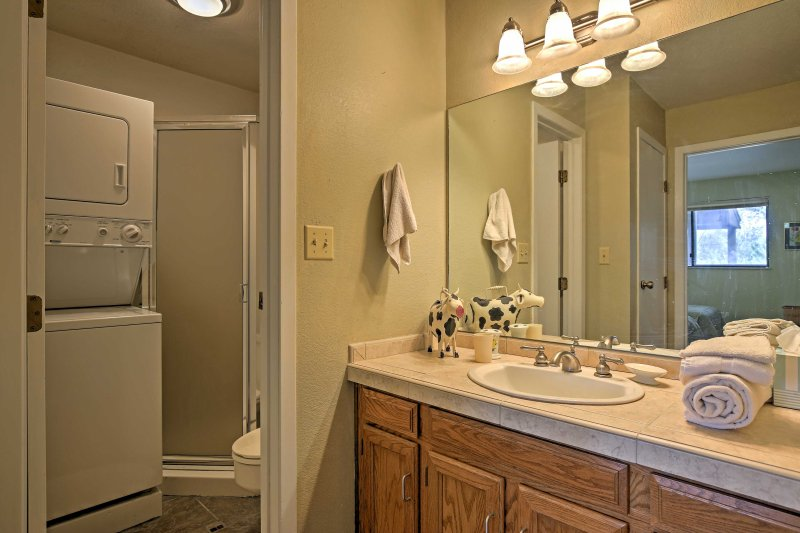 Throw the ski clothes in the in-unit laundry machines and wash up in the walk-in shower found in the second bathroom.