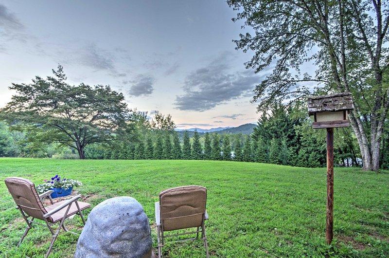 Escápese del ajetreo de la vida cotidiana con esta casa de alquiler de vacaciones en Franklin.