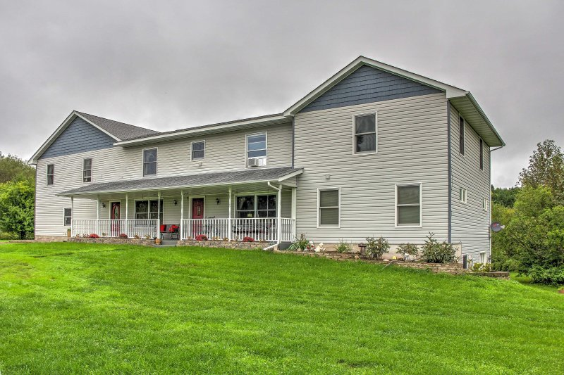 Relax with loved ones at this 2BR, 1-bath Duluth vacation rental apartment!