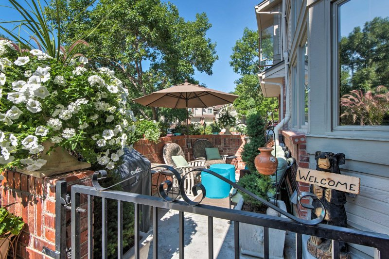 Your next alpine adventure begins with this traditional 2-bedroom, 2.5-bathroom Arvada vacation rental townhome!