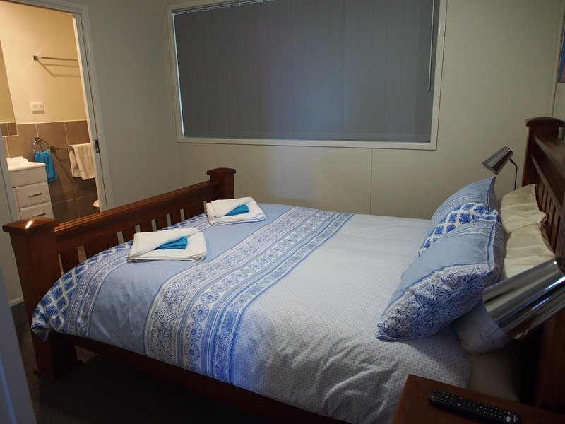Main bedroom - Queen bed, Ensuite and your own Television
