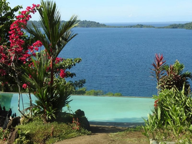BOCAS BAY LODGE - Luxurious!, holiday rental in Isla San Cristobal