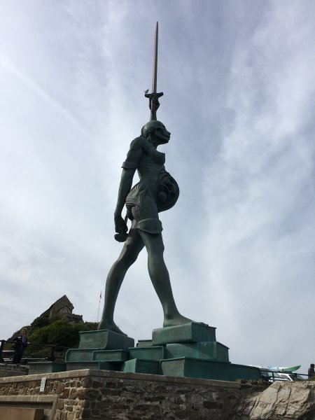 Damien Hirsts 'Verity' stands guard in the harbour just 5 mins walk from the apartment