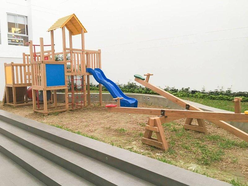 As comodidades incluem um parque infantil