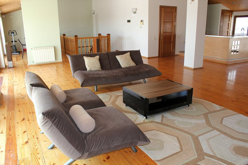 Penthouse with a top view, vakantiewoning in Bakoe