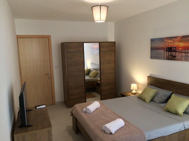 Mikasa Apartment Qawra, vacation rental in Salina