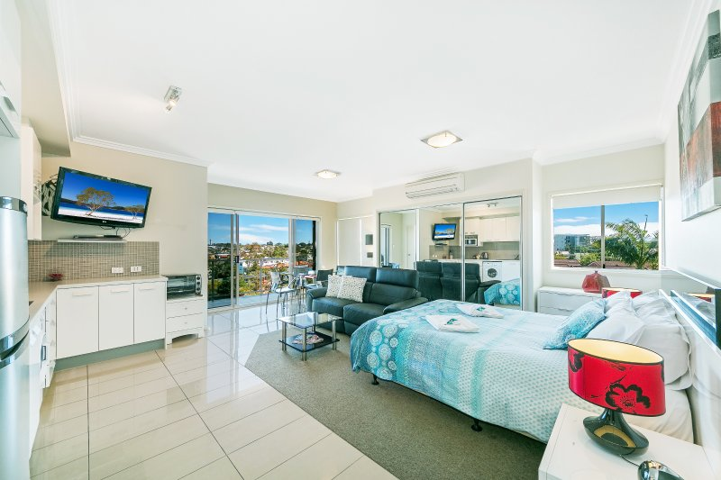 Suttons Beach Apartments  Unit 10a, vacation rental in Deception Bay