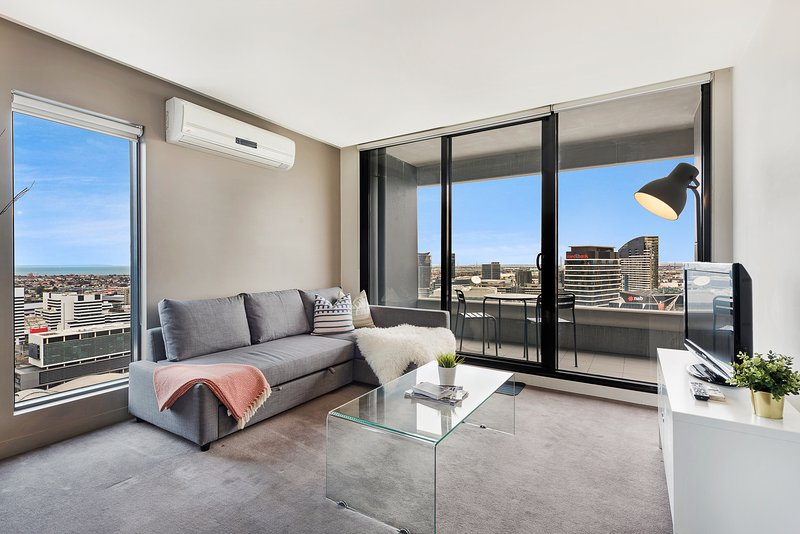 Spacious 2BR CBD Apartment + Seaview!, vacation rental in Melbourne