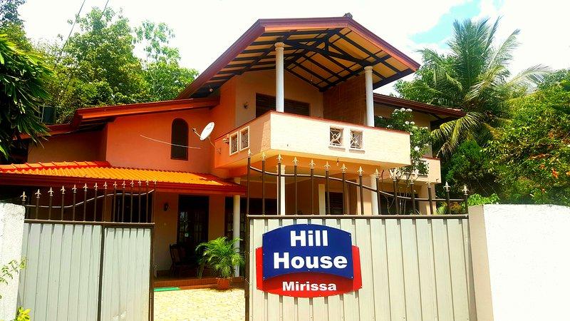 hill house villa, holiday rental in Mirissa