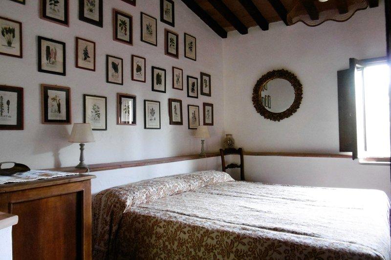 Agriturismo La Valentina del Biozzi- Casa dei Mandorli, holiday rental in Talamone