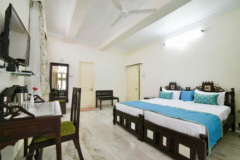 Delightful Bedroom in Udaipur, casa vacanza a Sukher