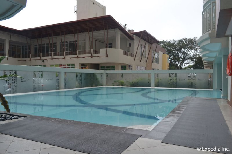 Cool Escape for 6! Complete Amenities w/ WIFI!, casa vacanza a Silang