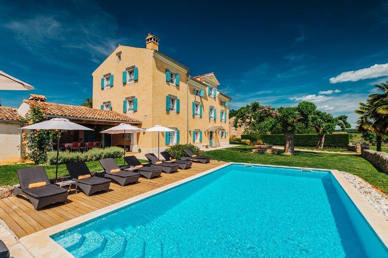 Authentic istrian Stanzia Cocci -privacy&luxury, location de vacances à Fiorini