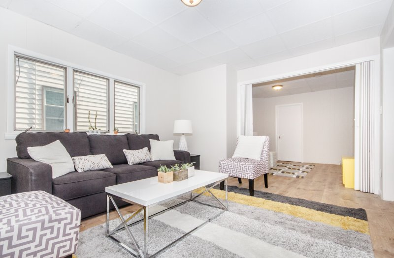 3 bedroom private condo recently renovated, near Logan airport T station, location de vacances à Everett