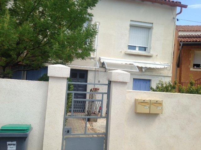 T2 MEUBLE,, vacation rental in Marignane