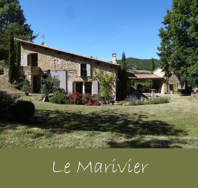 LOCATION DE CARACTERE (10p) en Drôme dans un site exceptionnel, holiday rental in Plan-de-Baix