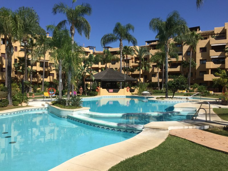 Secure family friendly complex with pools, gardens and a 'chiringuito' open in July and August