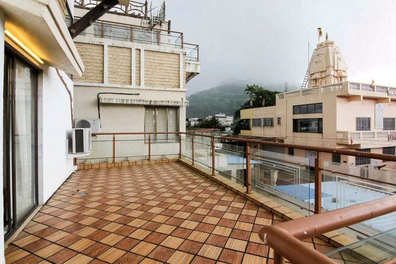 Swastik Royale Villa, holiday rental in Khandala