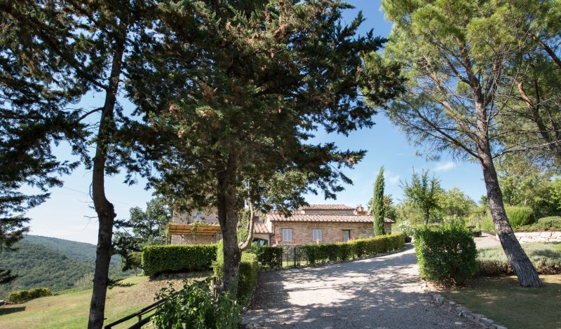 The Pratola luxury villa Tuscany