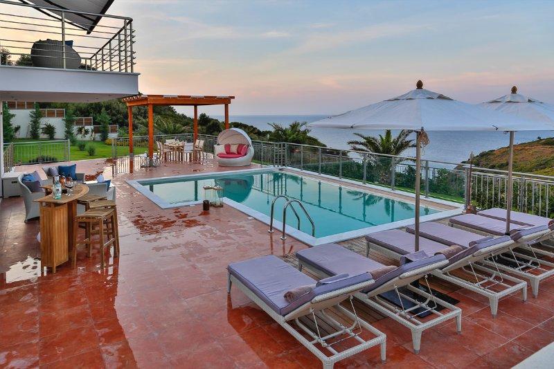 Área de piscina de Villa Sagitario