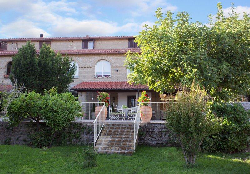 Le3sorelle, vacation rental in Monterosi
