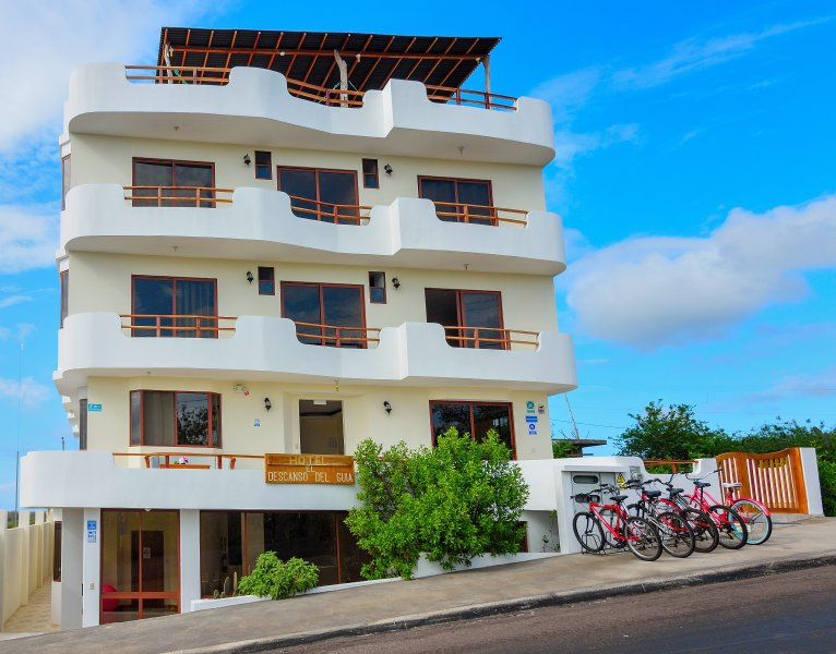 EL DESCANSO DEL GUIA - la mejor relación calidad-precio en Puerto Ayora., vacation rental in Santa Cruz