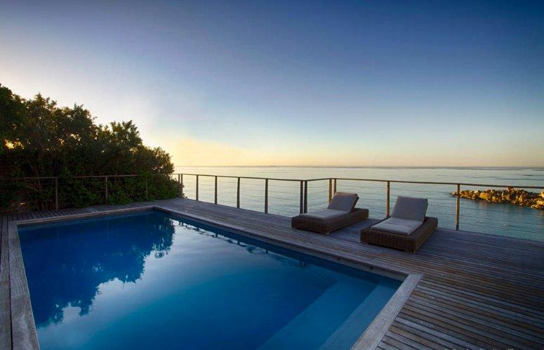 Llandudno Villa - luxurious & spacious with spectacular sea views, vacation rental in Llandudno
