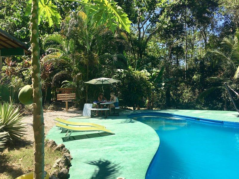 Jakera Surf Camp, vacation rental in Santa Teresa