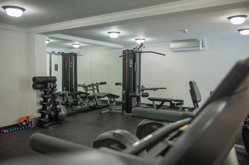 Utilisation gratuite du centre de remise en forme climatisé complet pour tous les invités