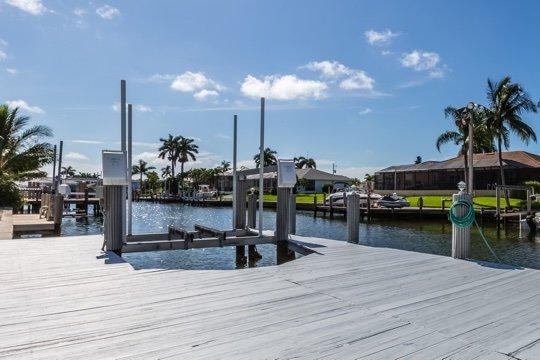 Dock/Water View