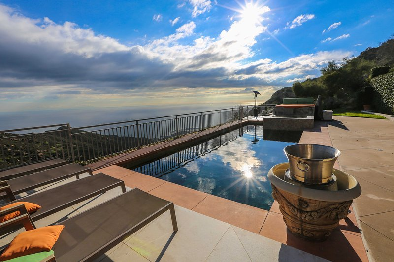 Malibu Estate! Privacy. Luxury. Serenity., holiday rental in Malibu
