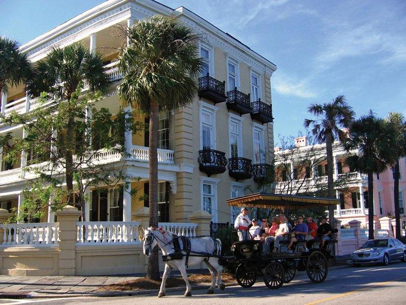 Histórico de Charleston, a sólo 15 millas de distancia!