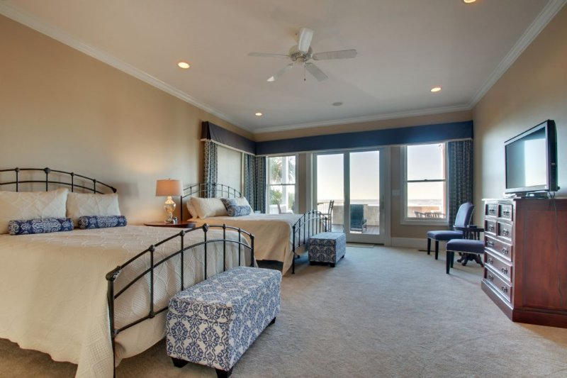 Master Oceanfront Bedroom with Two Kings