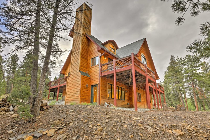 Experience Colorado like never before during your stay at 'The Miracle,' a 6-bedroom, 4.5-bathroom Hartsel vacation rental home!